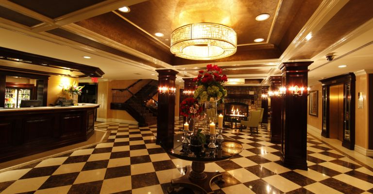 The luxurious lobby at the Fox Hollow