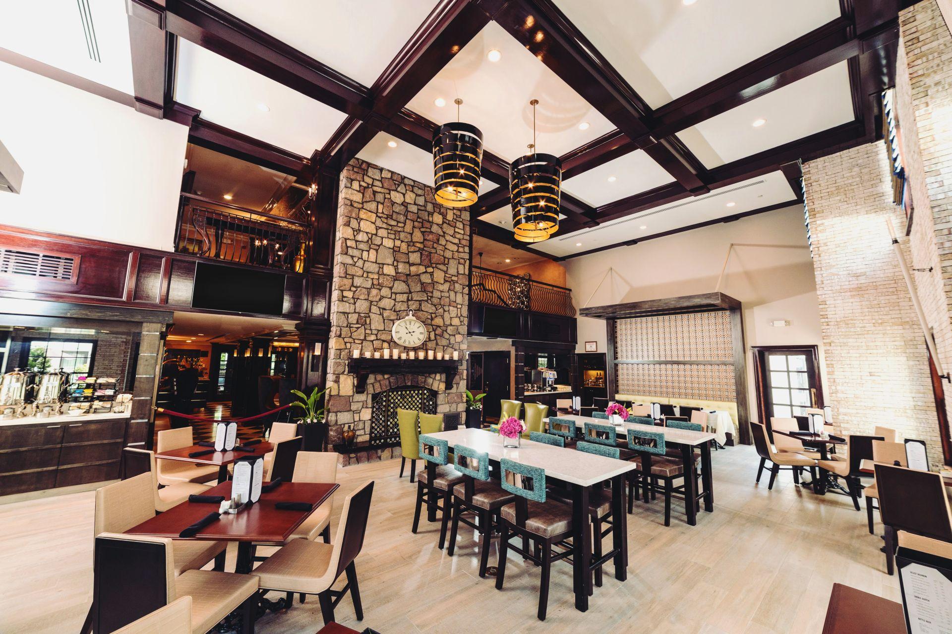 The Inn at Fox Hollow | Hotel in Long Island | Woodbury Hotel